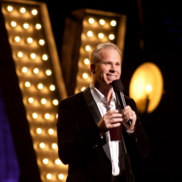 Gerry Dee Joined by Special Guests on His 20 Years of Stand Up Cross-Canada Tour